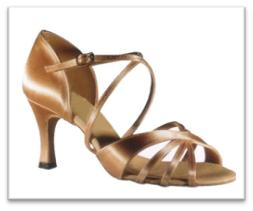 Sepatu Dansa 25