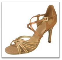 Sepatu Dansa 33