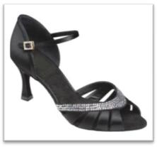 Sepatu Dansa 36