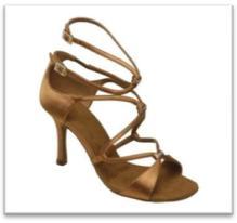 Sepatu Dansa 38