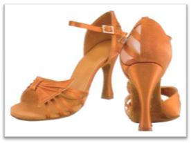 Sepatu Dansa 39