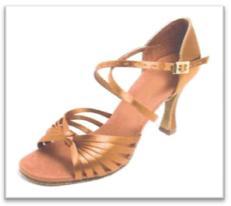Sepatu Dansa 42