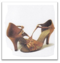 Sepatu Dansa 19
