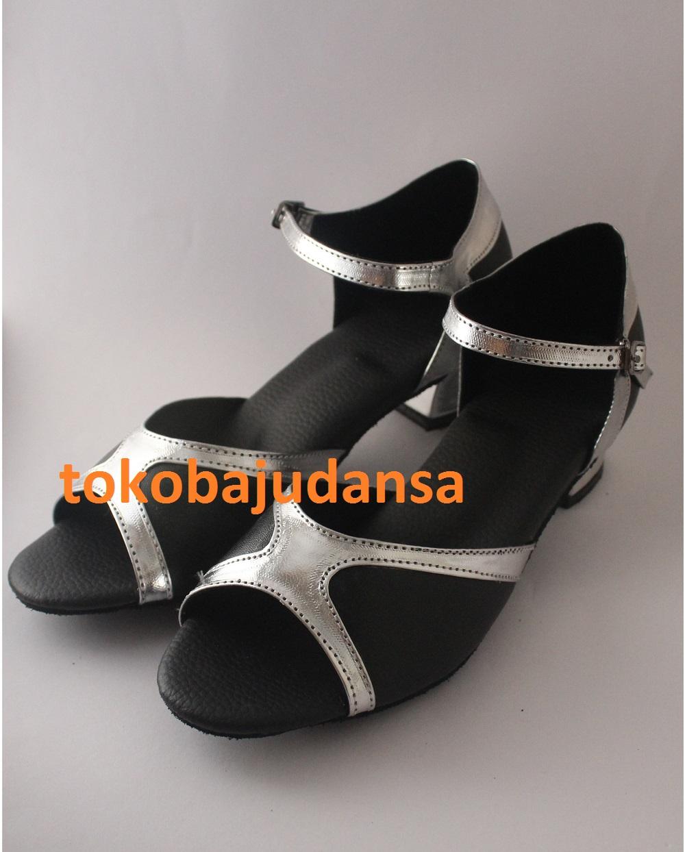 sepatu-dansa-latin-5